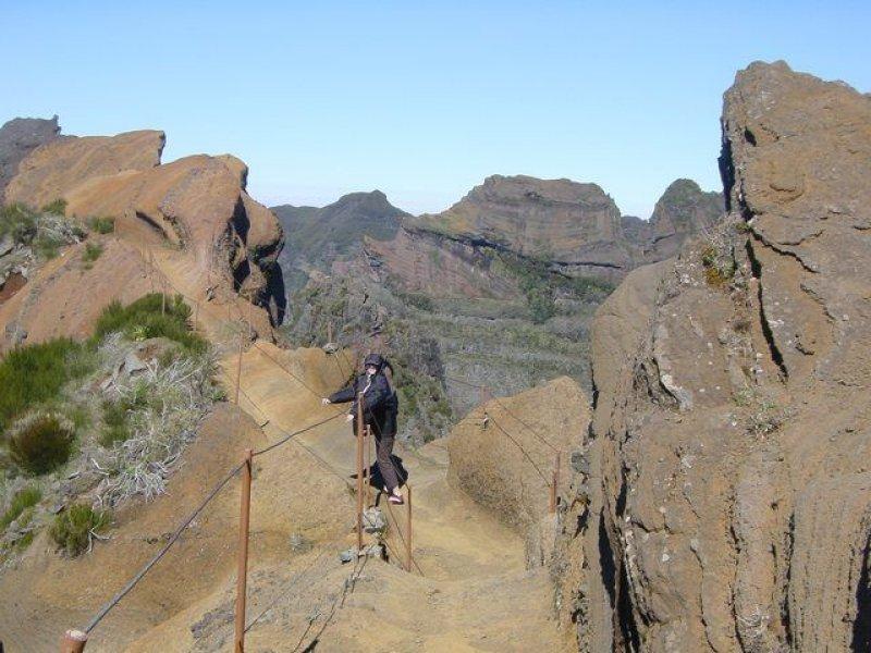 Krasse Felsformationen am Pico do Arieiro auf über 1800m